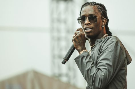 Young Thug has continued his campaign in favor of gender fluidity