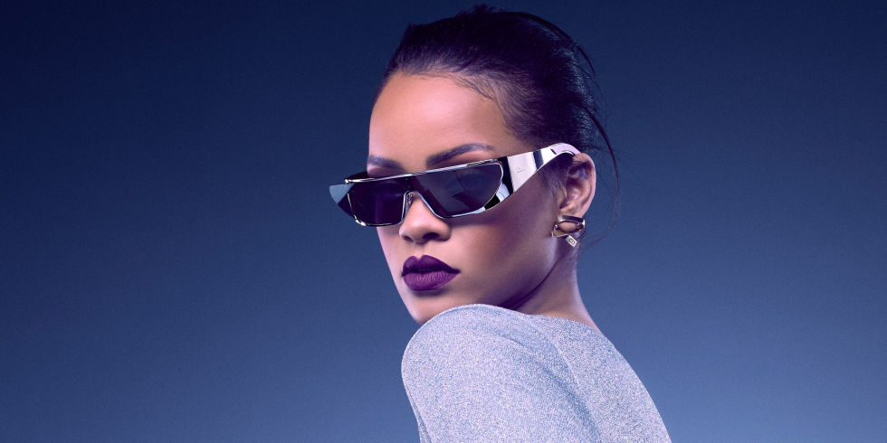 landscape-1468610003-rihanna-dior-sunglasses-purple