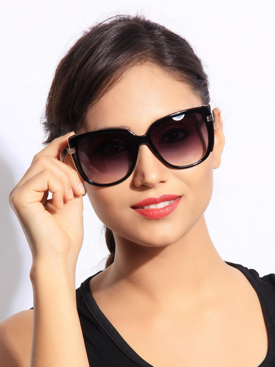Find the latest sunglasses for women at Sunglass Hut, including the hottest styles from Oakley, Ray-Ban, Gucci and Prada. Free Shipping on all orders! Find the latest sunglasses for women at Sunglass Hut, including the hottest styles from Oakley, Ray-Ban, Gucci and Prada. Free Shipping on all orders!