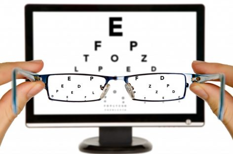 How your computer Screen May be Hurting Your Eyes – LensPick Blog